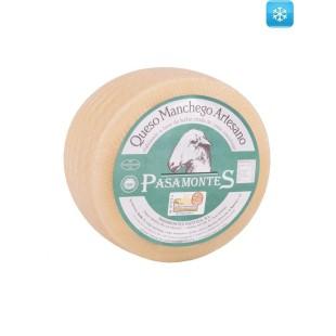 Ausgereifter Manchego Käse DOP aus Rohmilch Pasamontes 2,2 kg